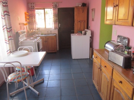 Fully furnished room in Glenhaven, Bellville South for rent to a single person.