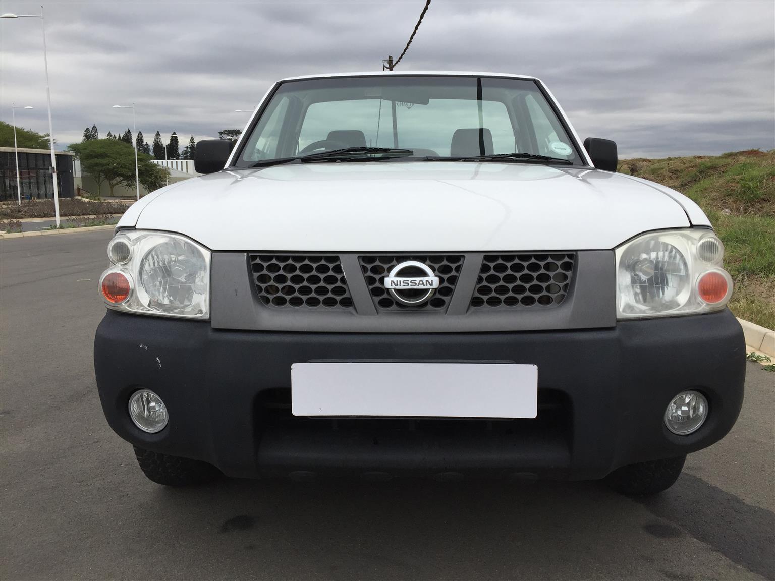 2011 Nissan NP300 Hardbody 2.4 4x4