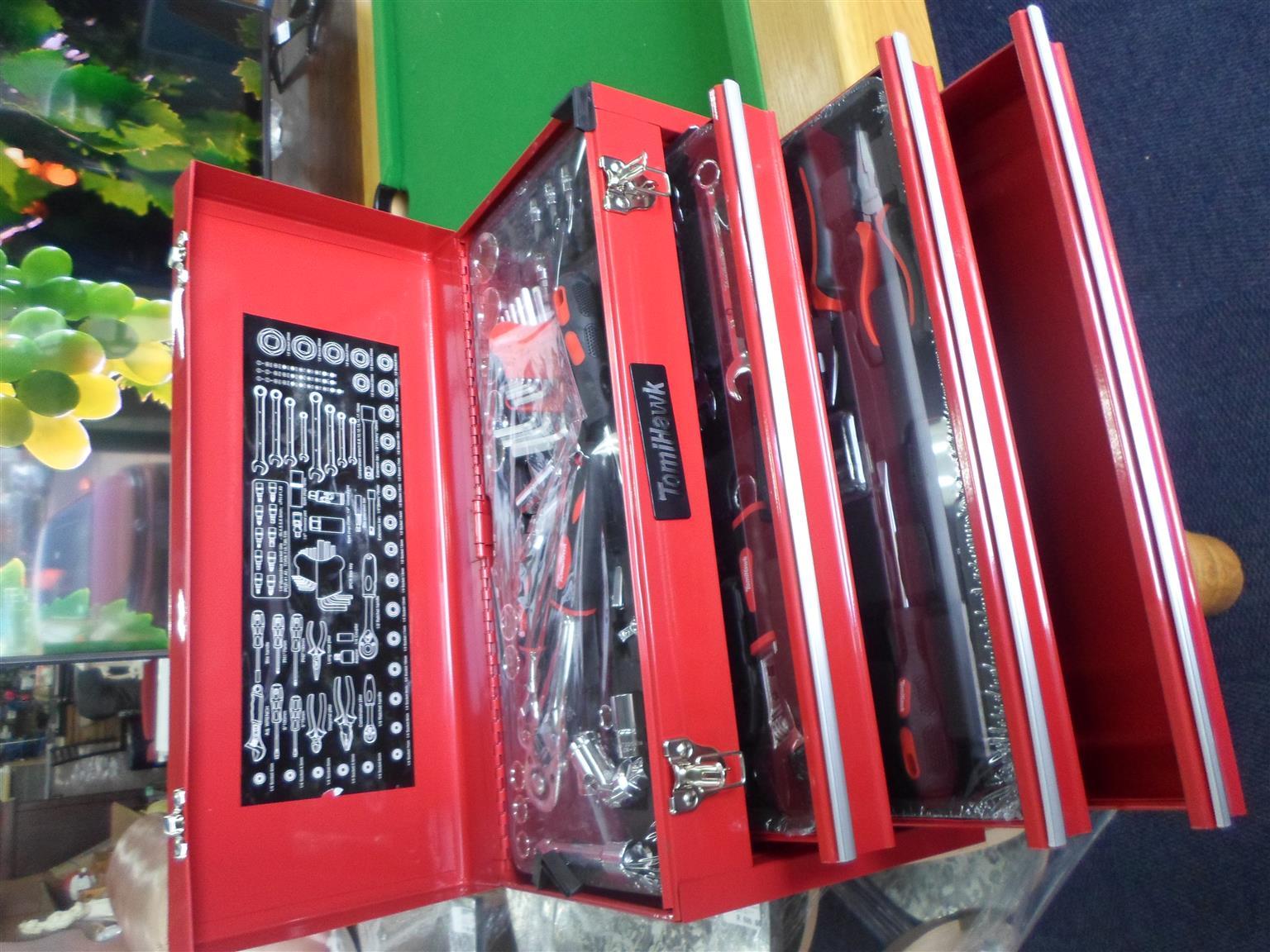TomiHawk Toolbox + Tools