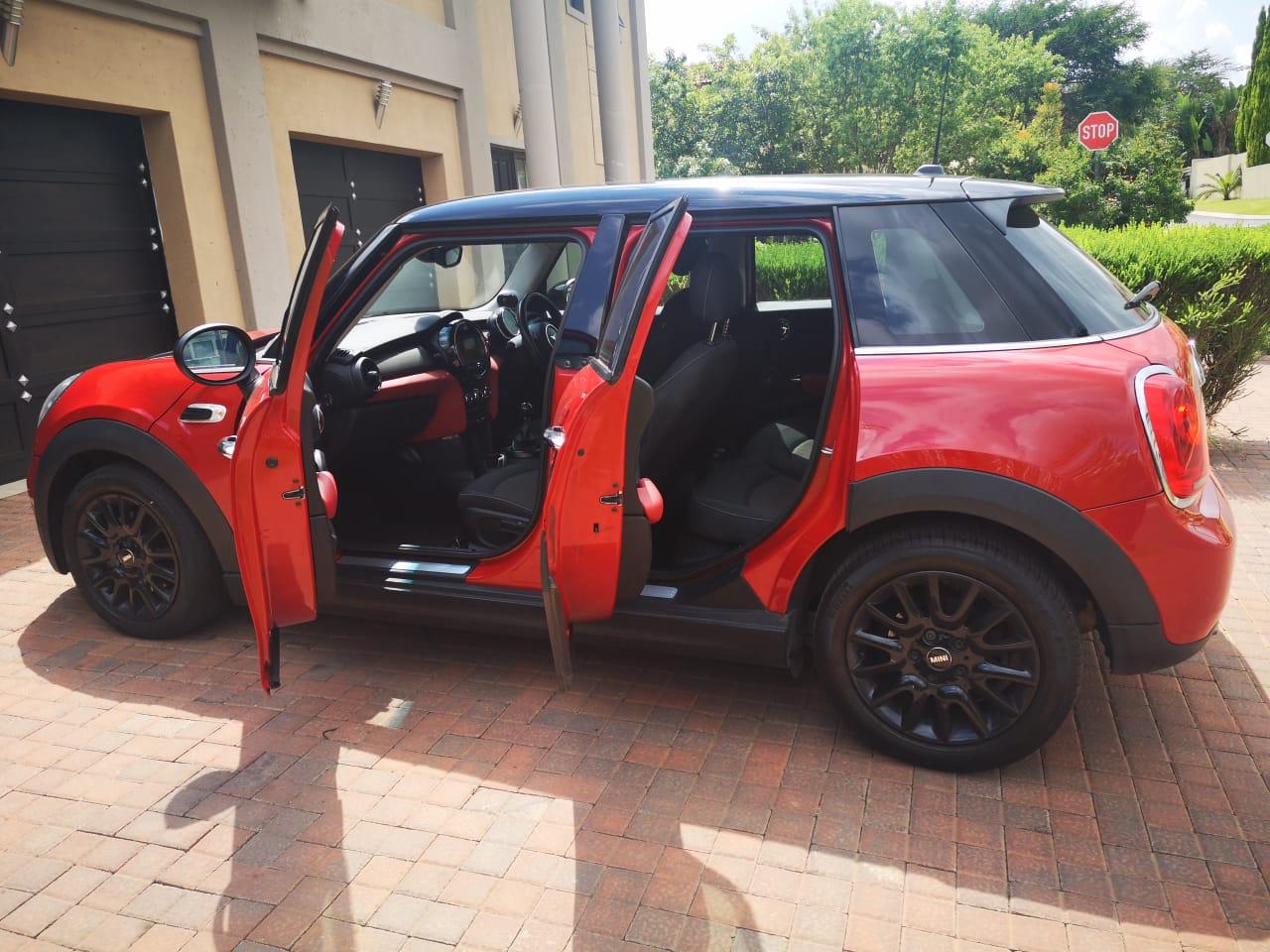 2015 Mini Hatch 5-door COOPER 5DR (XU72)