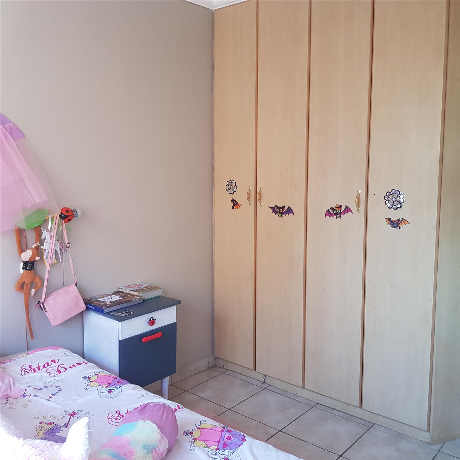 Beautifull Townhouse - Langenhovenpark - Bloemfontein FOR RENT - R6600pm.