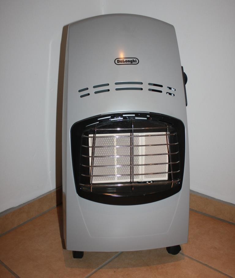 DeLonghi 3 Panel Gas Heater
