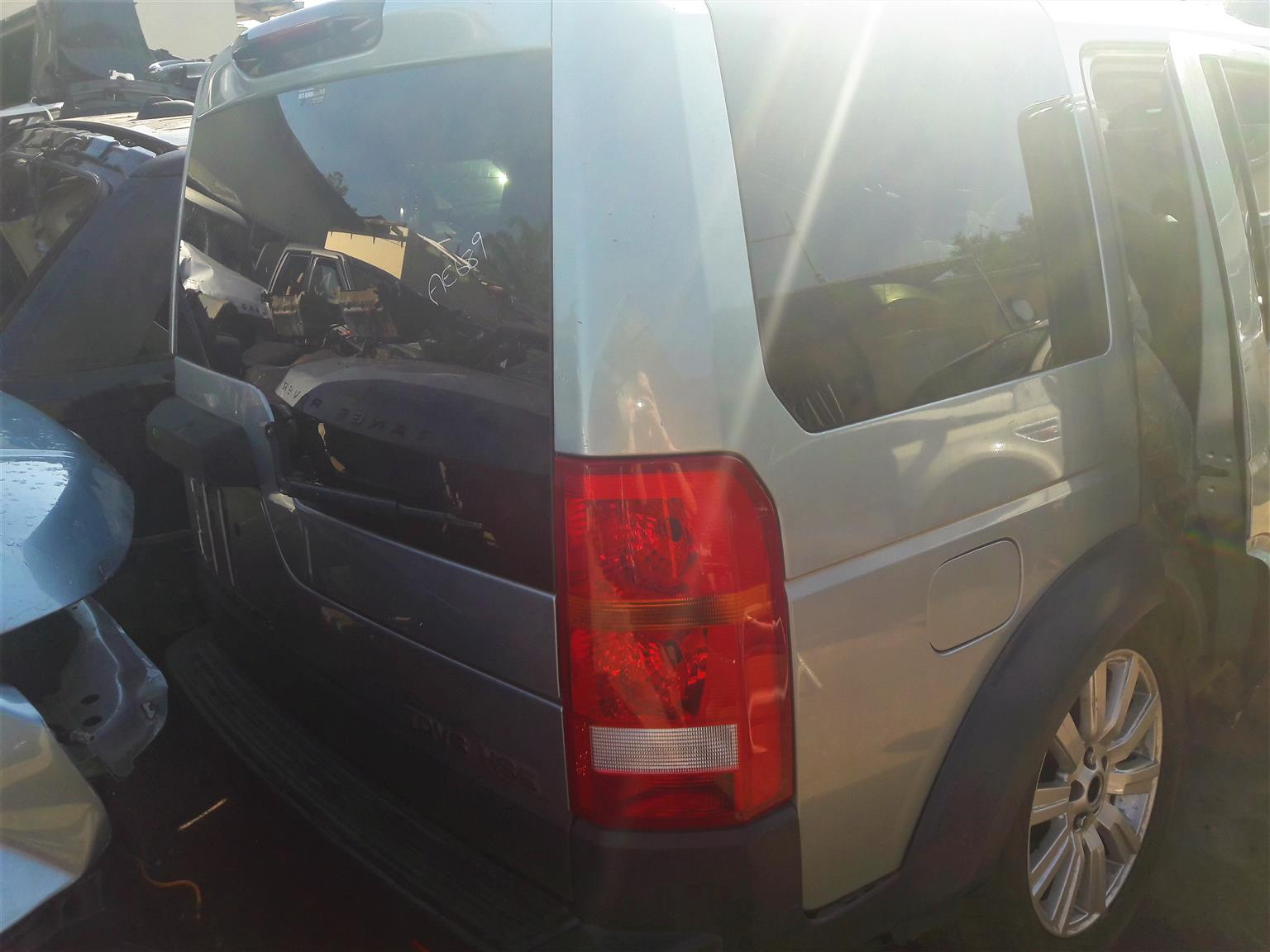 Land Rover Discovery 3 Upper Tail Door   Auto Ezi