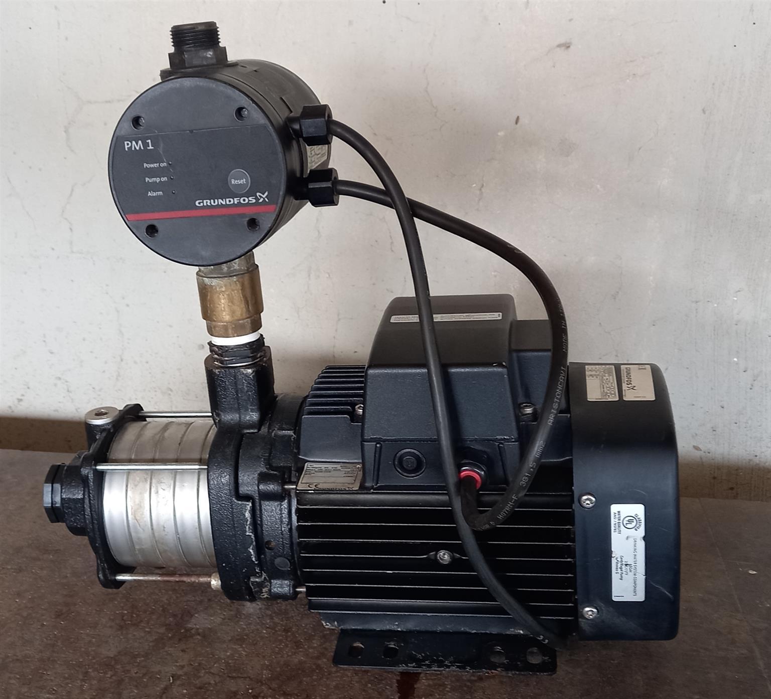 Grundfos boooster pump in excellent condition.1.3kw.