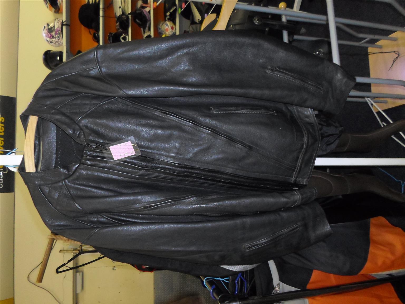 5 XL Vivante Genuine Leather Motorcycle Jacket