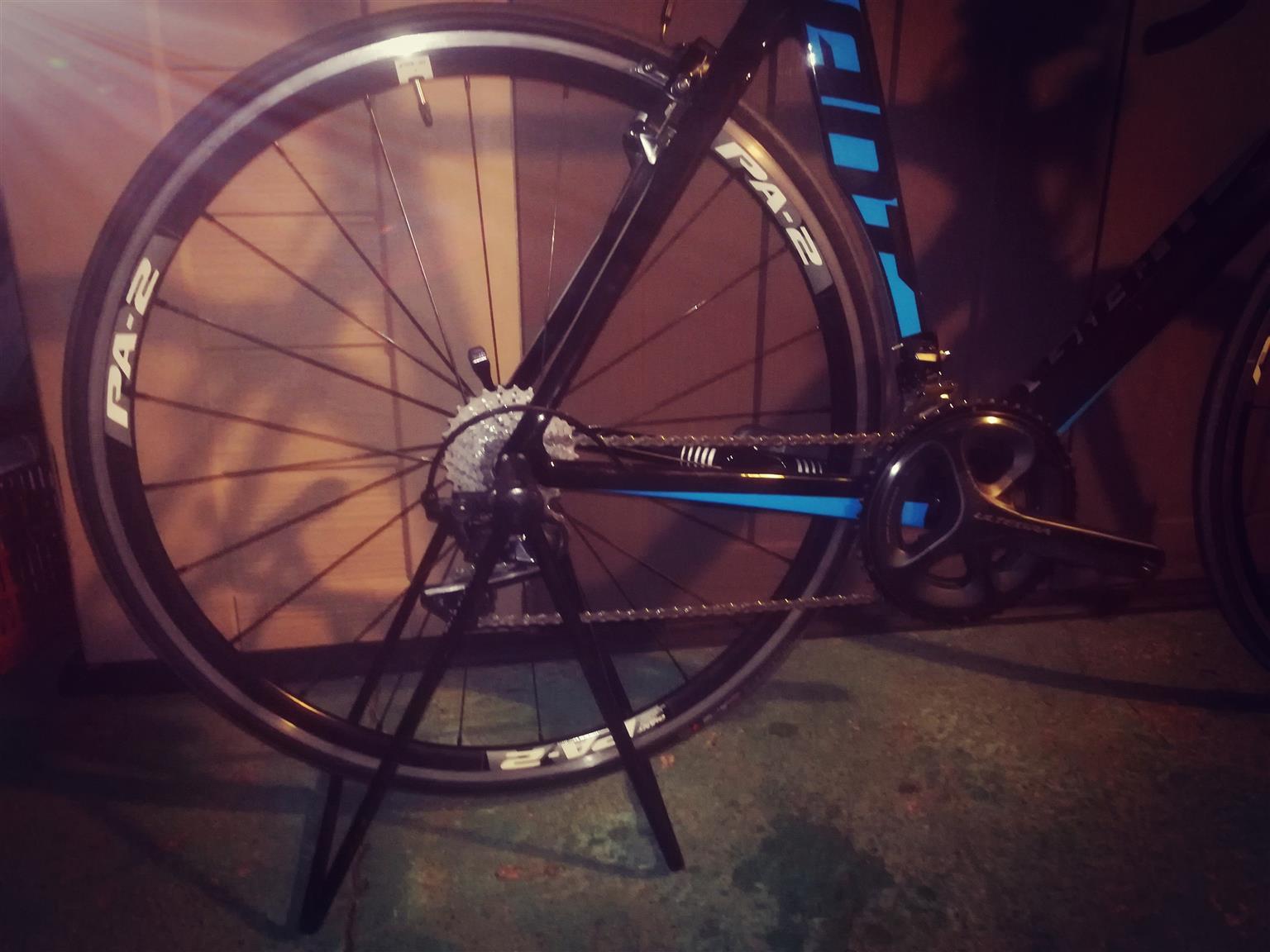Full carbon 2015 GIANT road bike