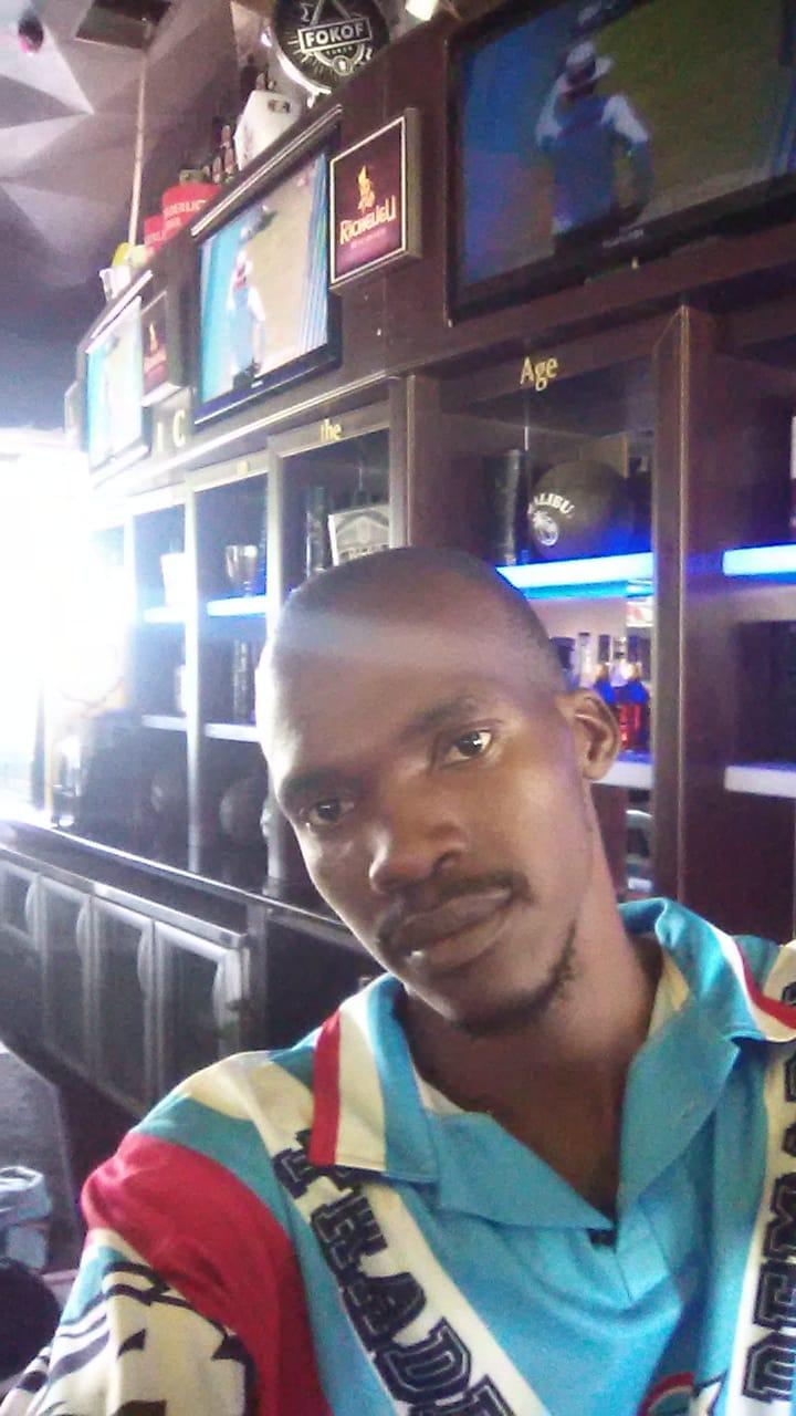 Barman looking for job urgent