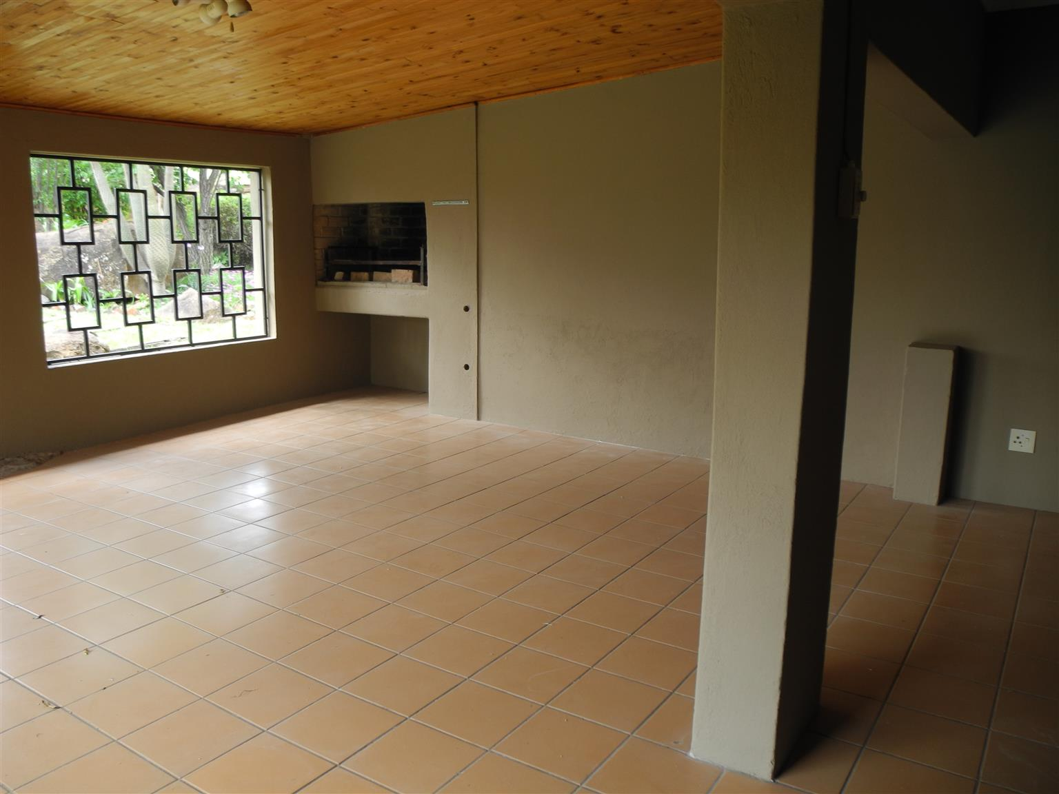 Spacious Family Home with Separate Flat
