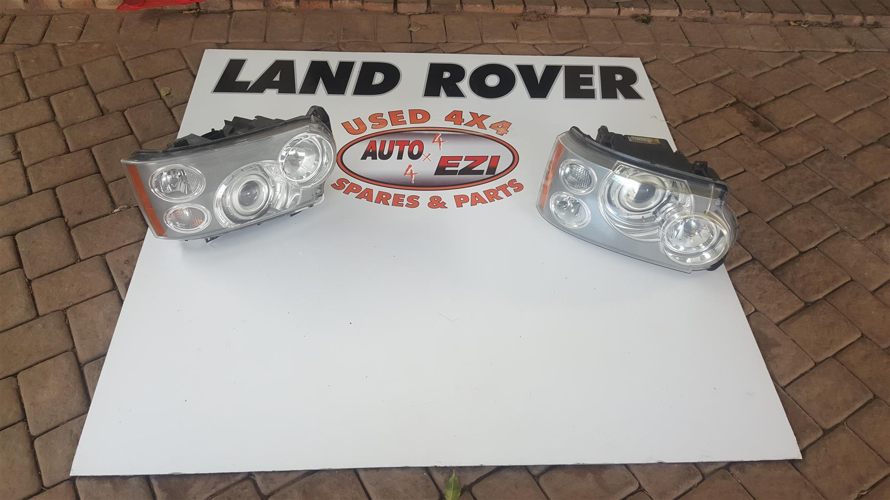 Land rover Discovery headlights