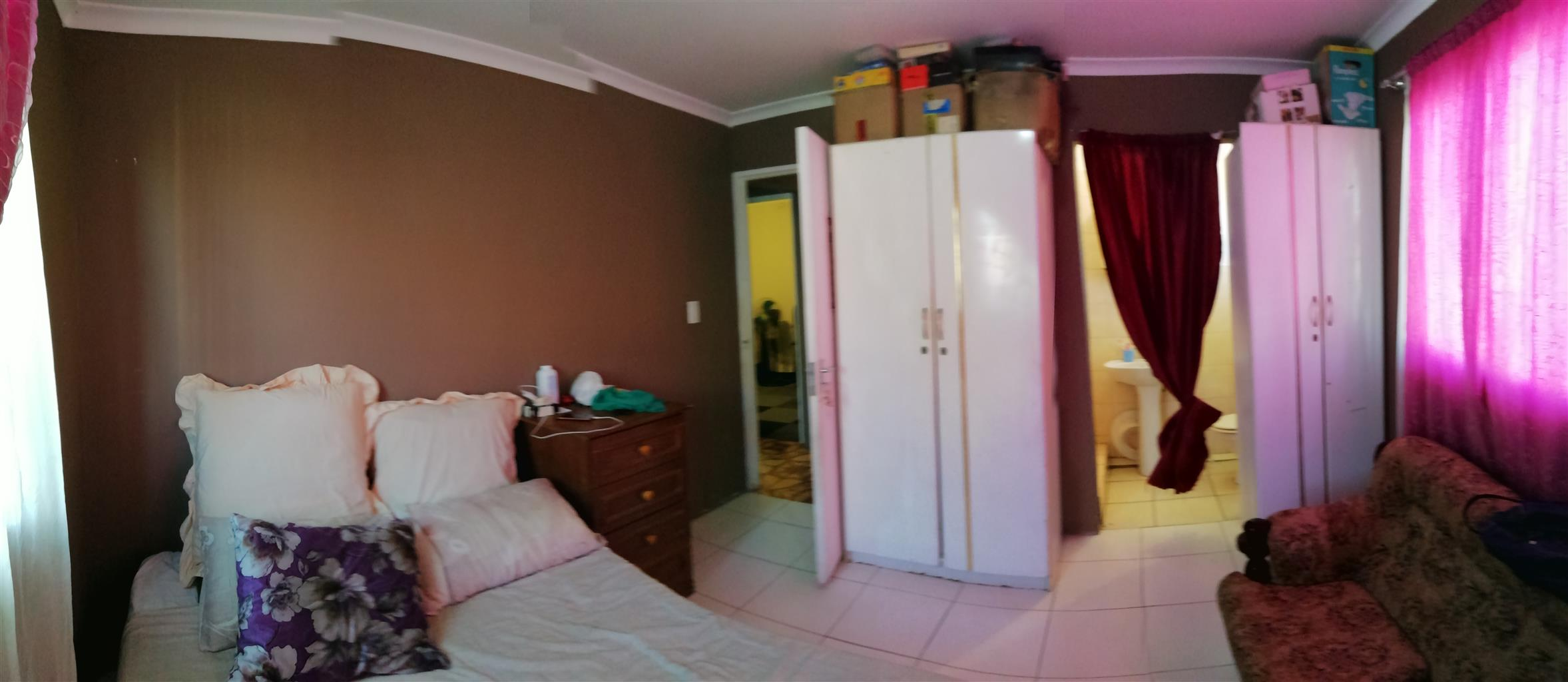 Verulam - 3 beds free standing property