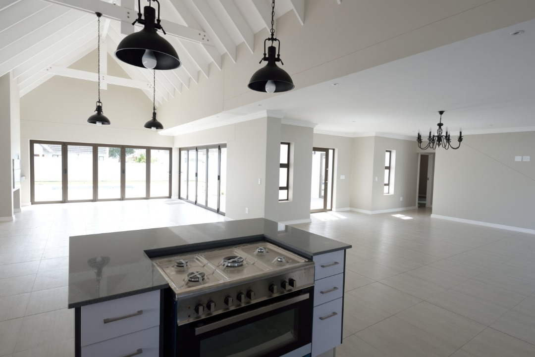 House For Sale in Marina Village