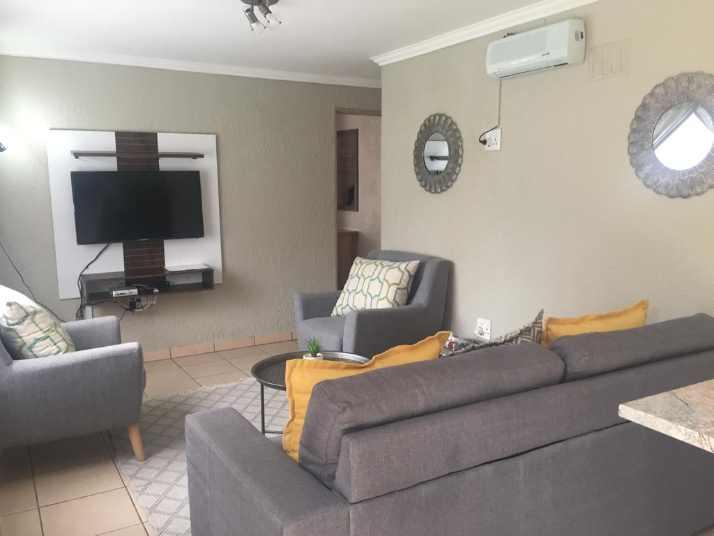 2 furnished bedroom guest cottage for short term rental- one to three months