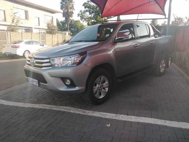 2017 Toyota Hilux 2.8GD 6 double cab 4x4 Raider