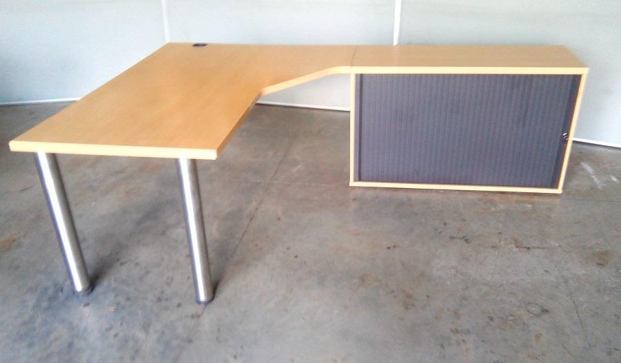 L shape desk plus ro;;er door credenza