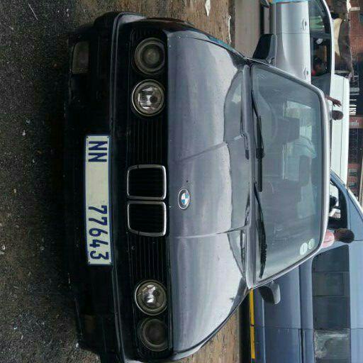 1989 BMW 3 Series 325i