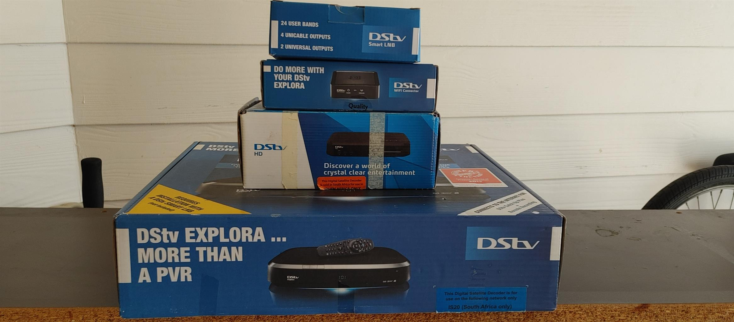 Dstv Explora,extra view,wifi connector,6 port smart lnb and dish as new