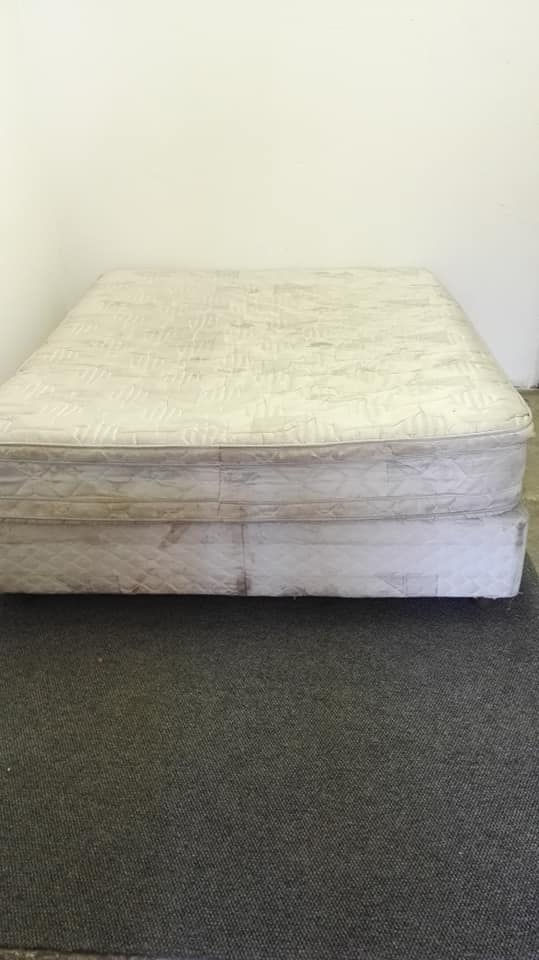 White double bed base and mattress