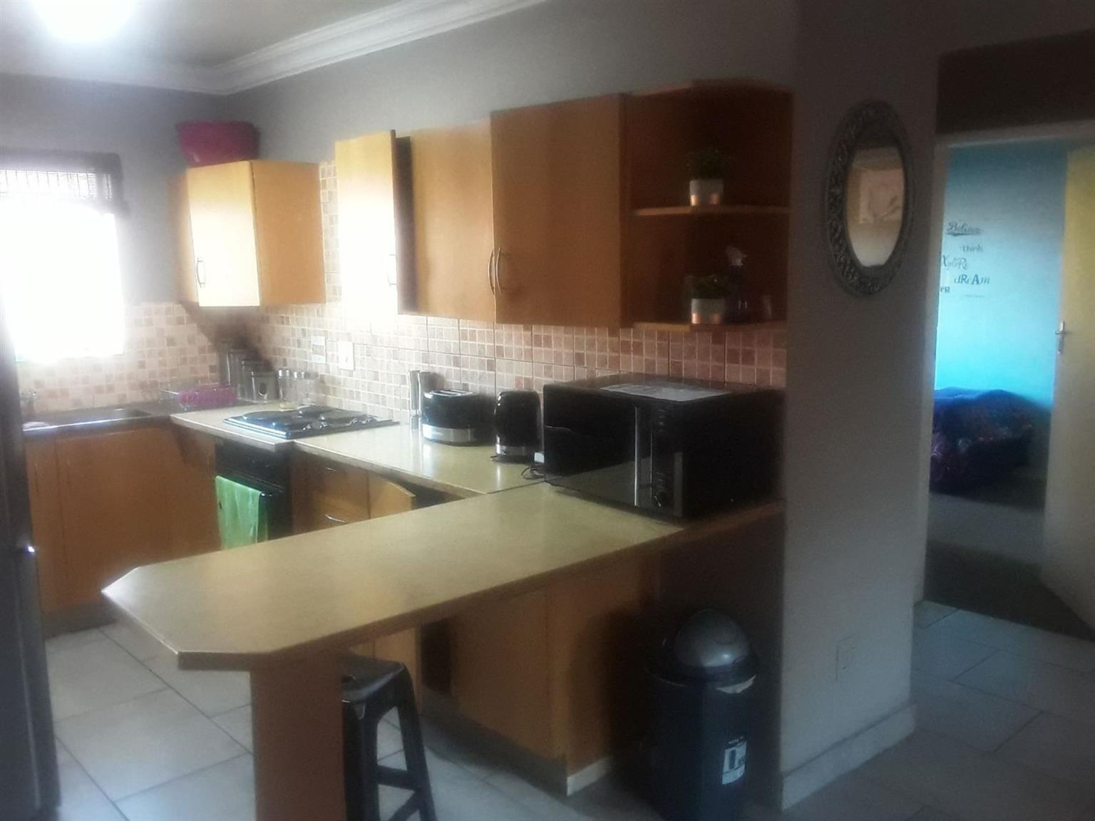 Apartment For Sale in EAST LYNNE