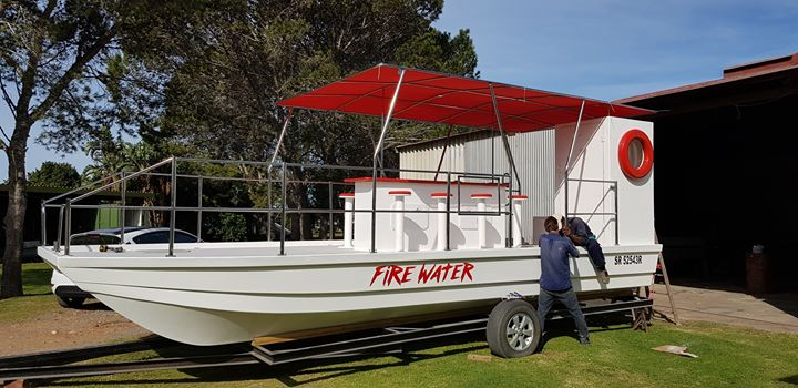 8m Barge - Leecat