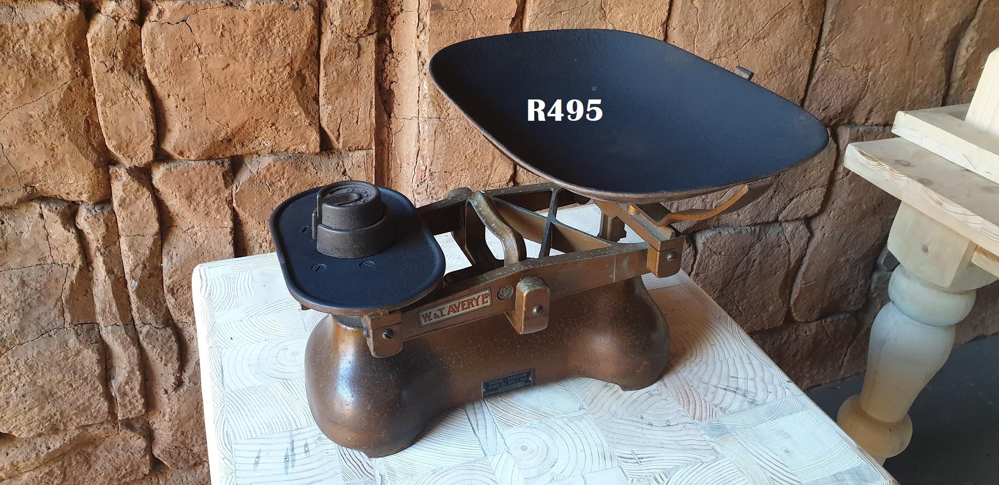W & T  Averye Ltd. Vintage Scale