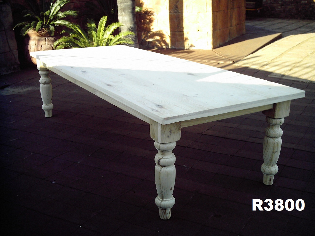 12 Seater Farmstyle Table (3000x1200)
