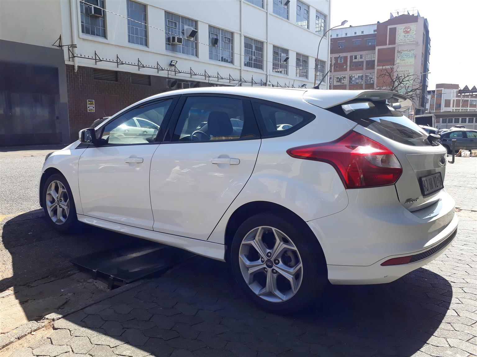 2014 Ford Focus 1.6 Trend 4 door