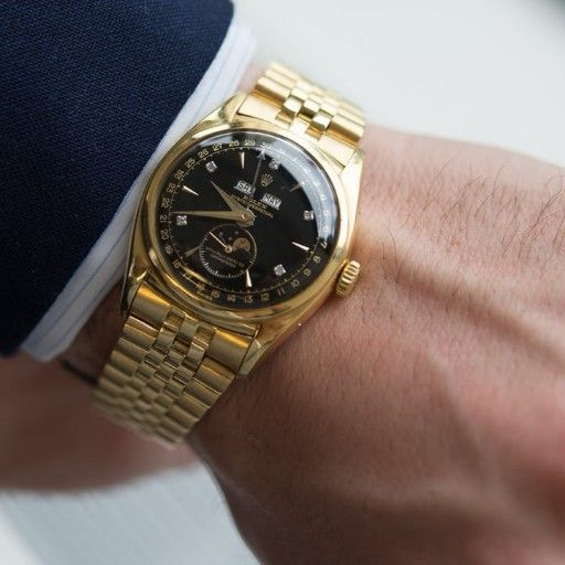 I m looking for vintage watches