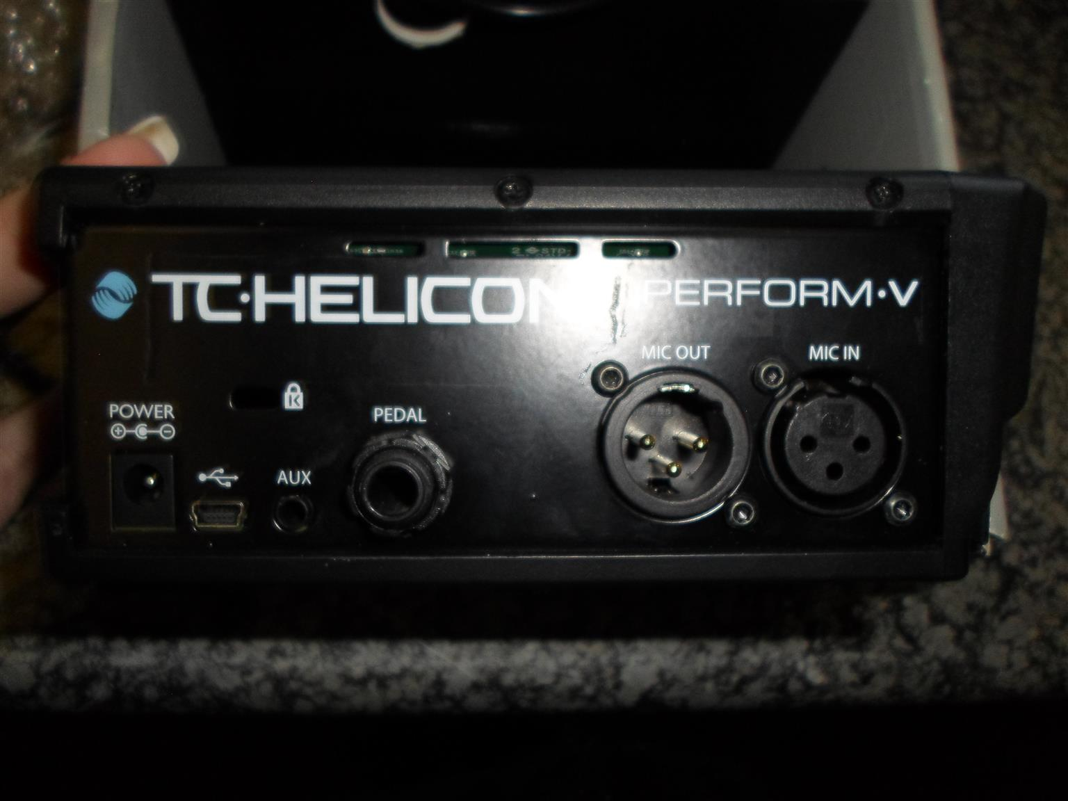 TC.Helicon Perform V