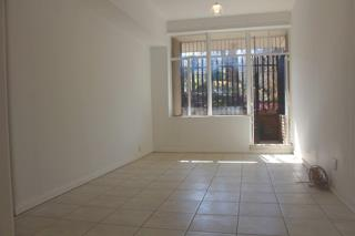 Cyrildene 2bedroomed apartment to rent for R7000 bathroom