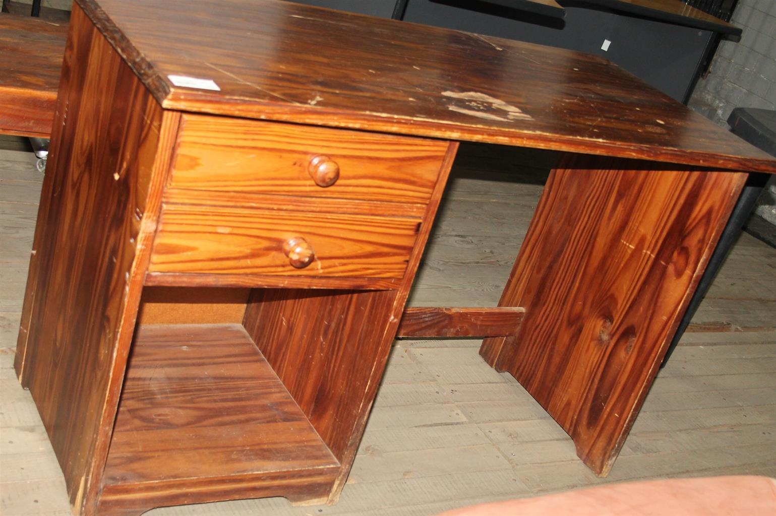 S0335593l Brown study desk #Rosettenvillepawnshop