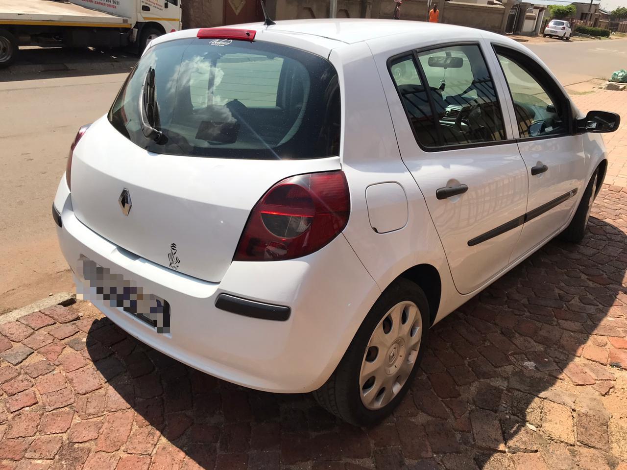 2007 Renault Clio 1.6 Dynamique 5 door