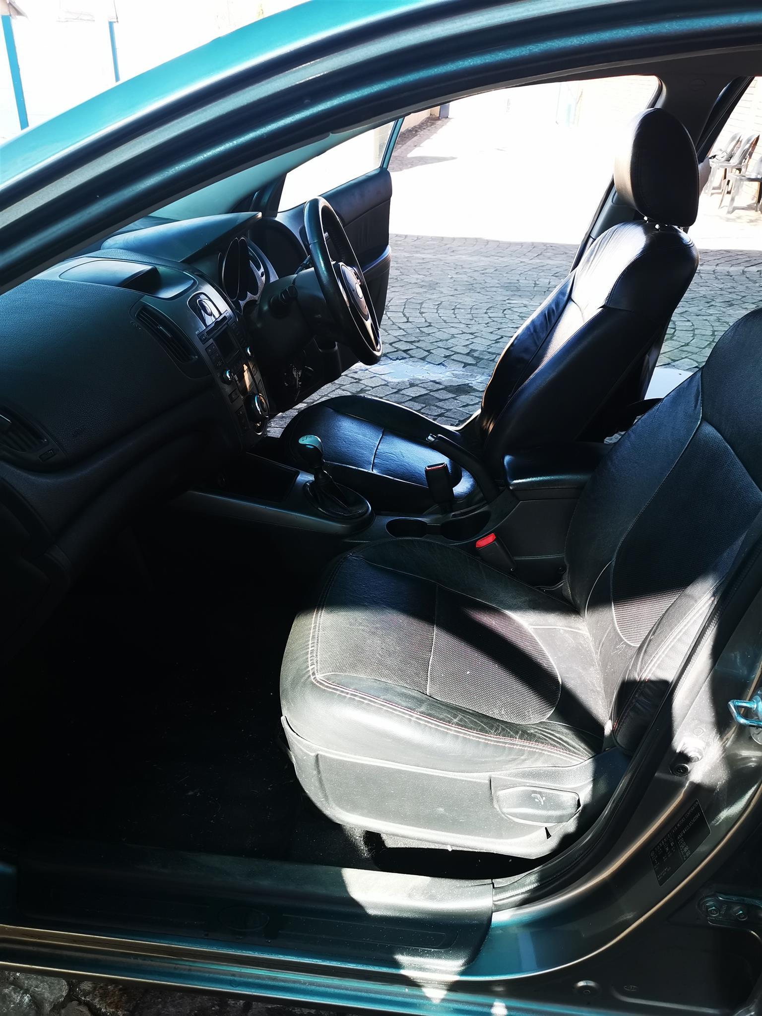 2010 Kia Cerato sedan 2.0 SX