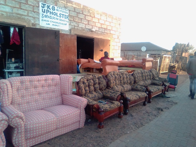 0719269265 At Renew Sales Making Of Couches And Sofas