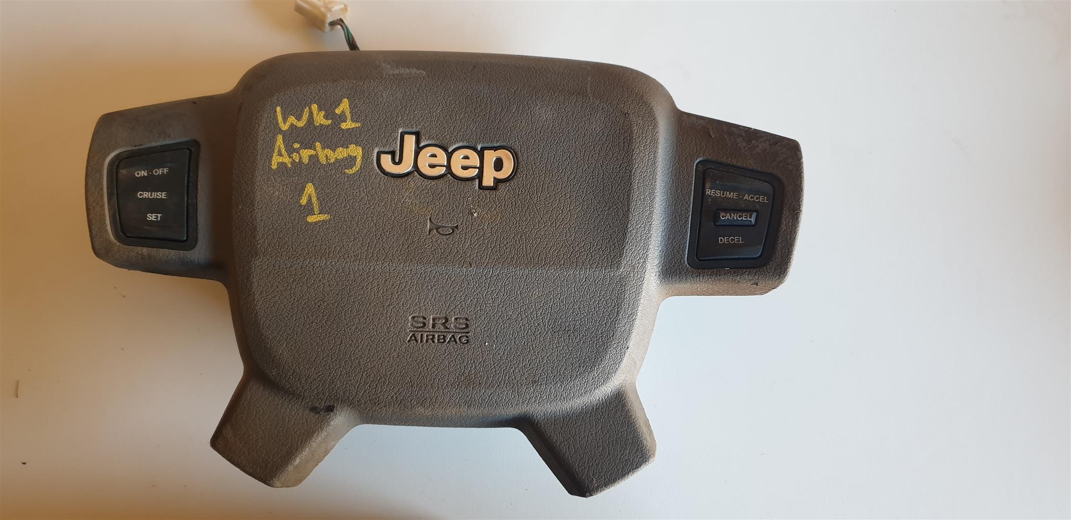 Jeep Grand Cherokee WK Steering airbags