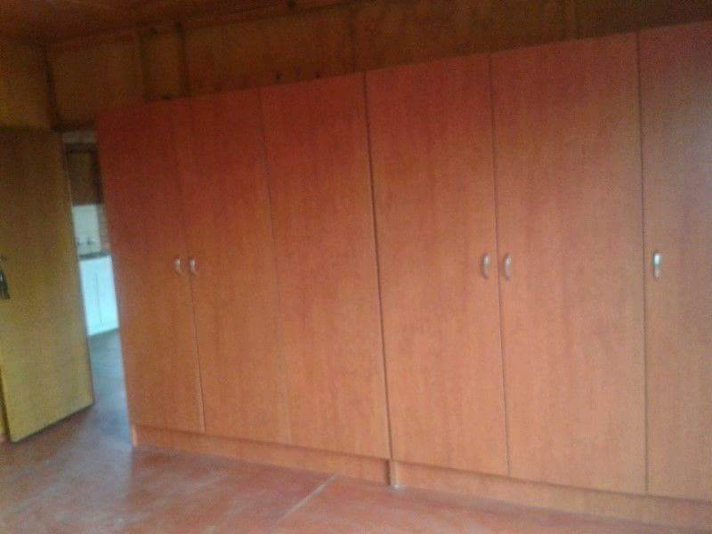 Discovery 2bedroomed unit to rent for R4500
