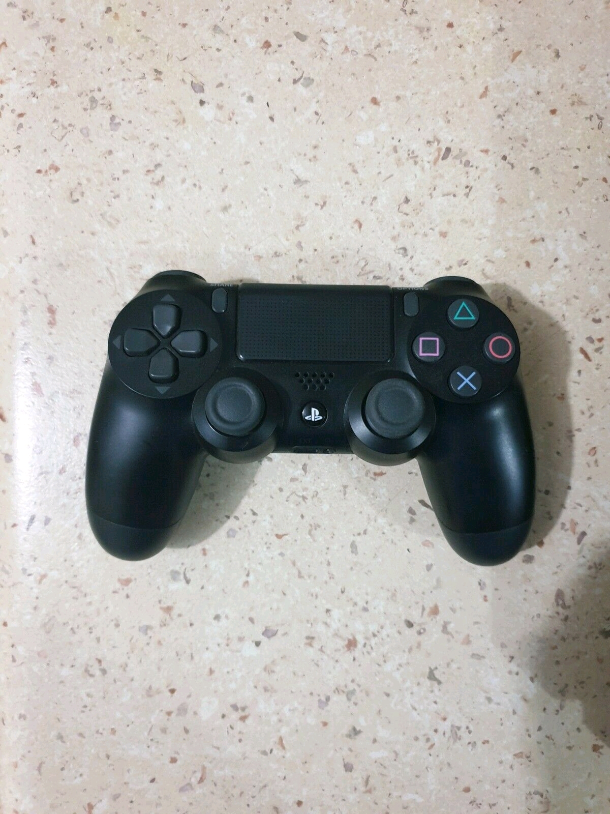 Sony PS4 complete console 1 controler