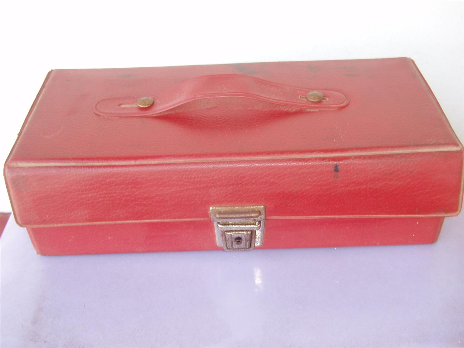 Cassettes Tapes - Music MFP selection - 14 tapes in Red carry case