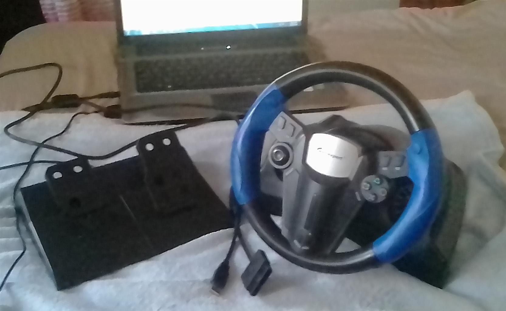GAMEXPERT STEERING WHEEL AND FOOT PEDAL FOR SALE
