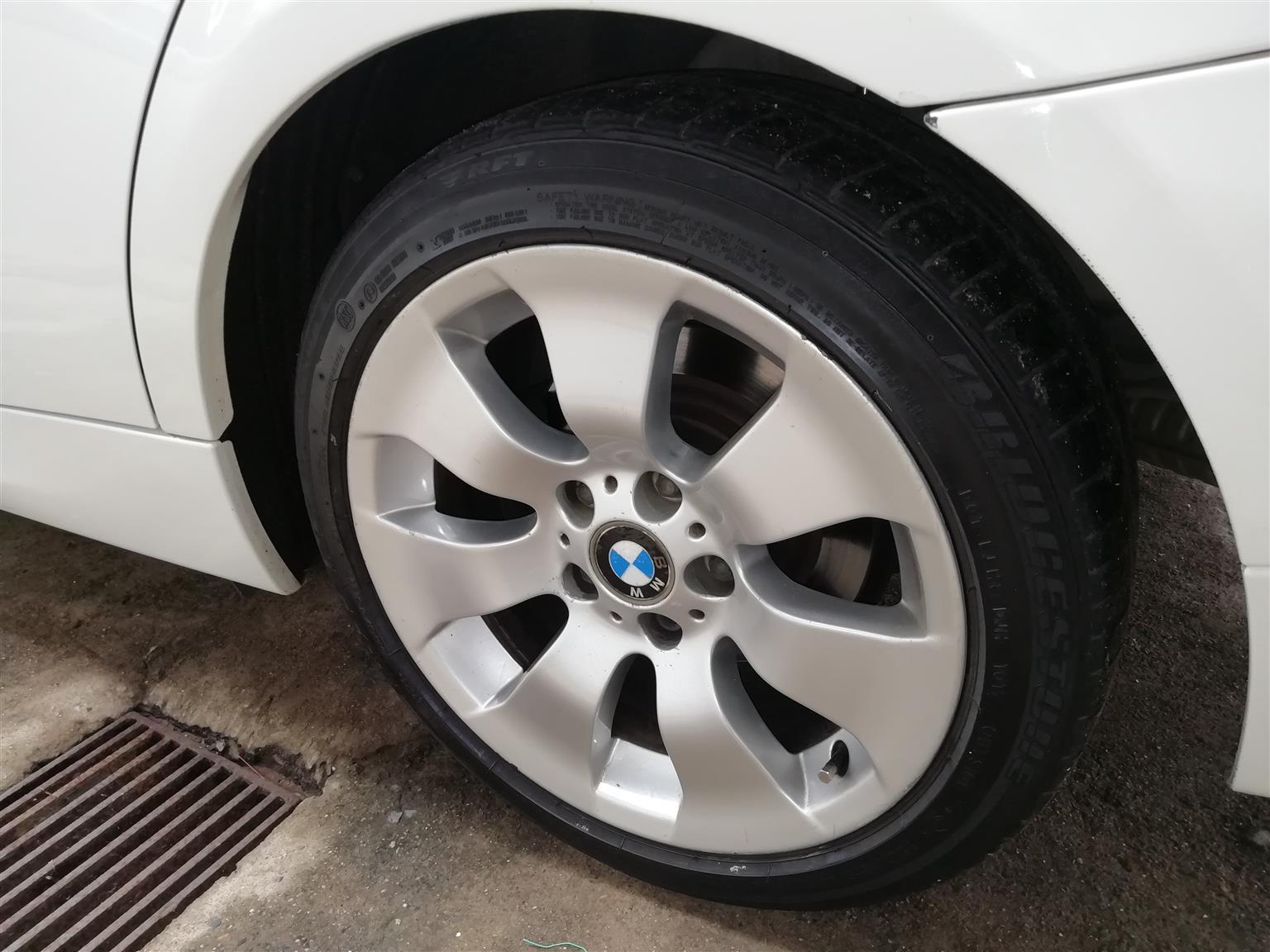 17 inch BMW Rims & Tyres