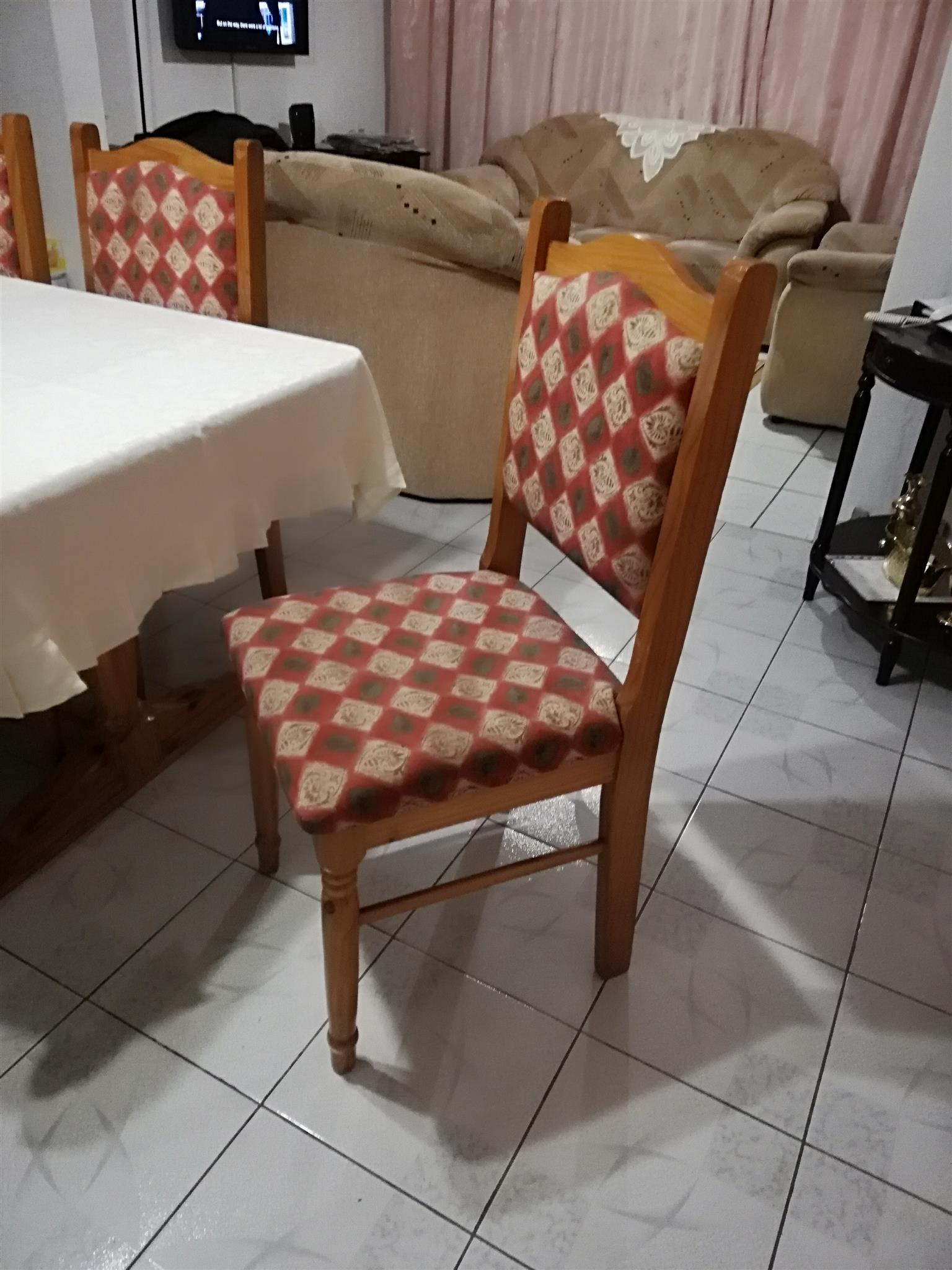 Dining Room Suite For Sale - 6 seater