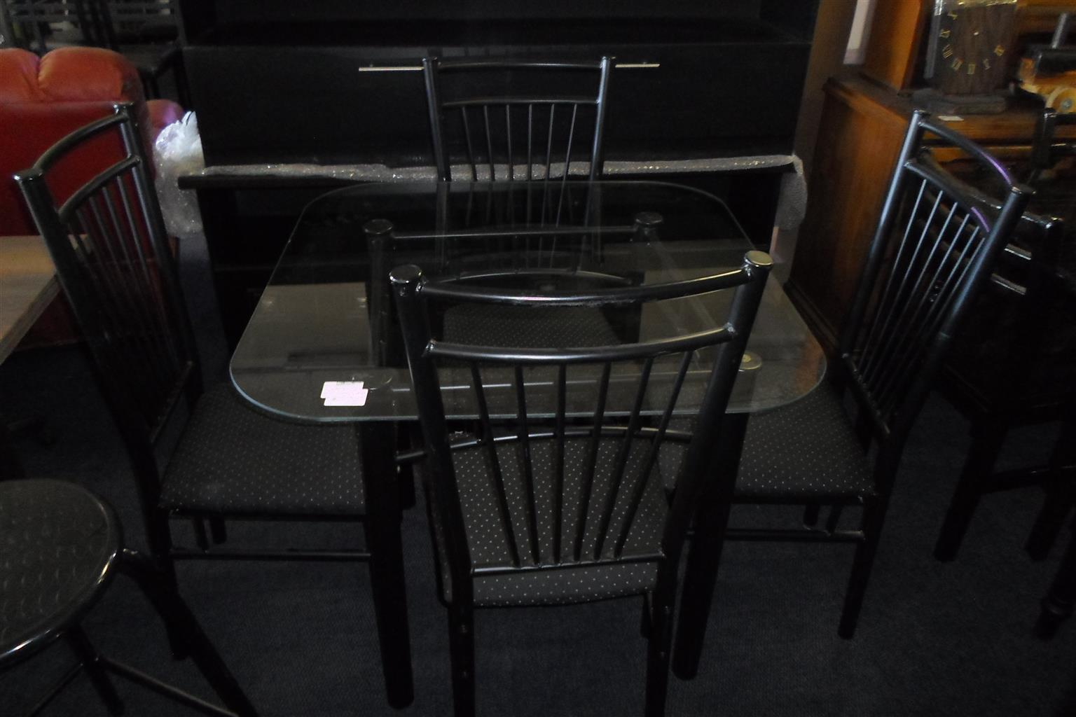 4 Seater Table with Chairs - B033037444-13