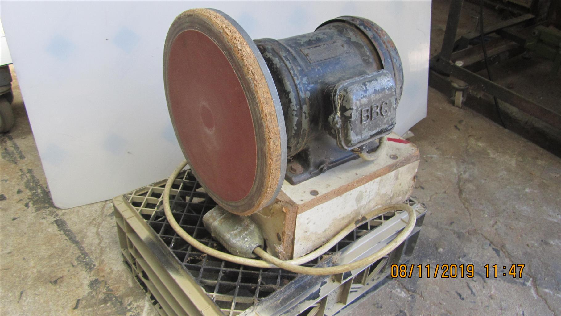 Disc Sander 3 phase in excellent condition