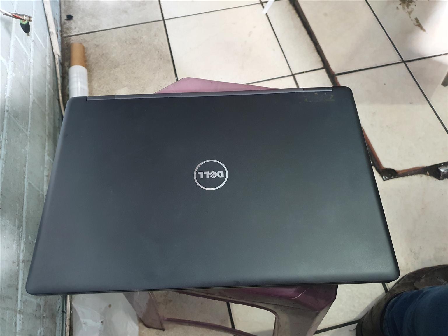 Dell Latitude E5470 i5 6th gen 256ssd 8GB 14inch