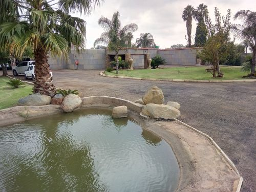 8x Dwellings and 1x Huge Workshop Reduced by R3million