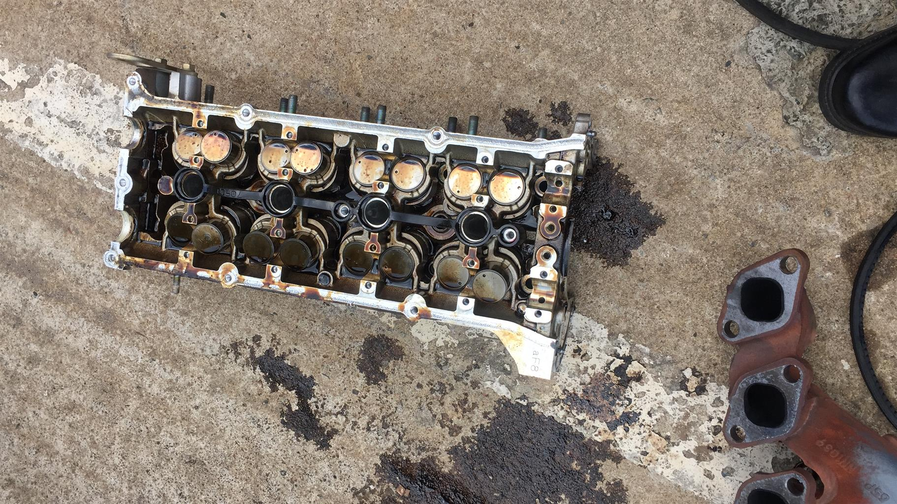 Nissan 2.4 Head available