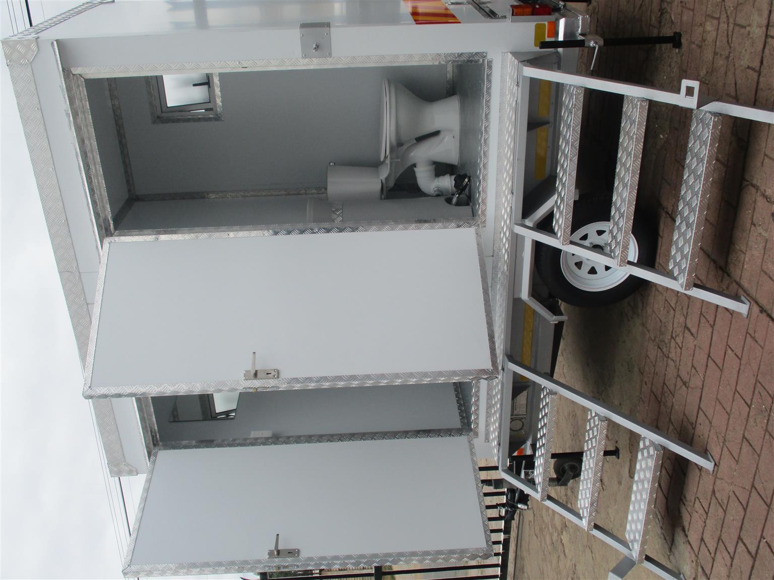 MOBILE VIP FLUSH-ABLE TOILET