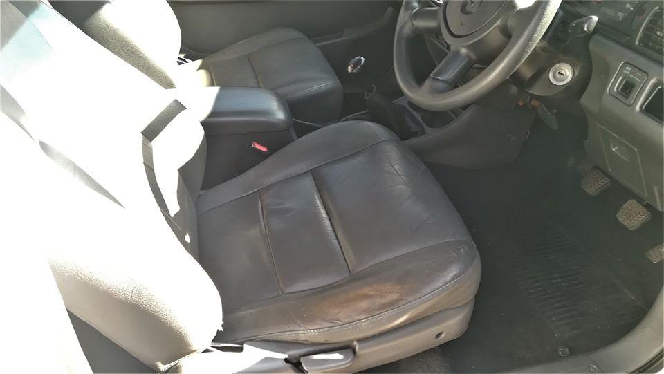 2004 Mazda Drifter B2500TD hi ride double cab SLE