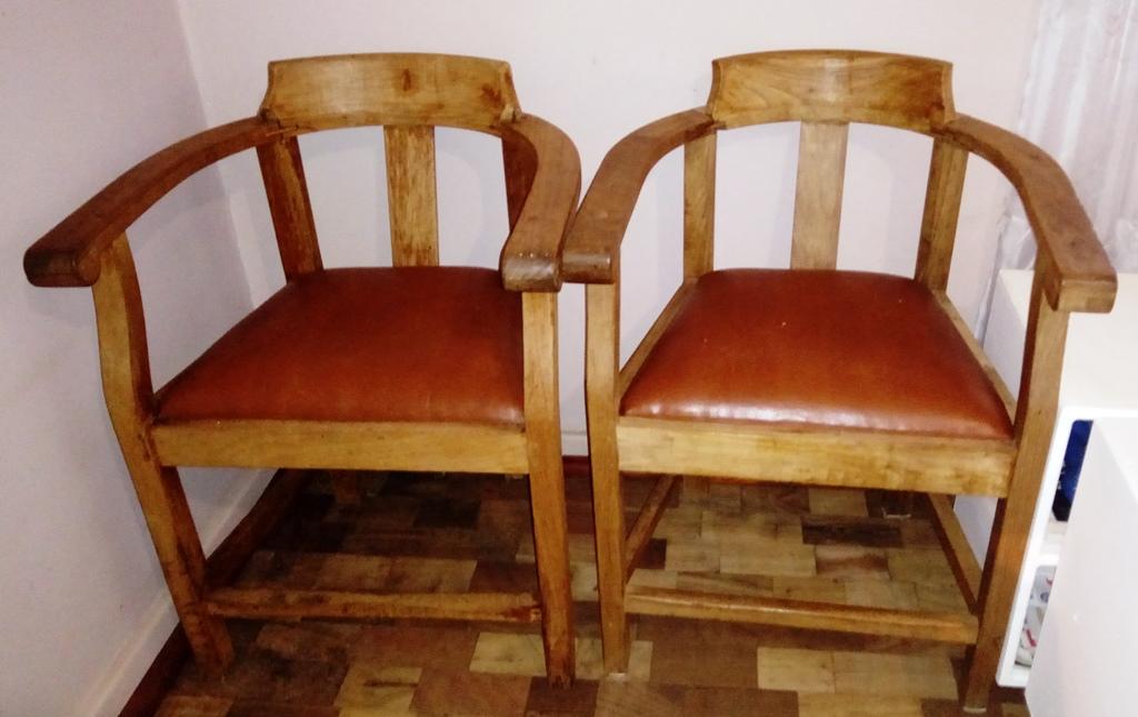 2 x Antique Captains Chairs for sale - 2 X Antique Captains Chairs For Sale Junk Mail