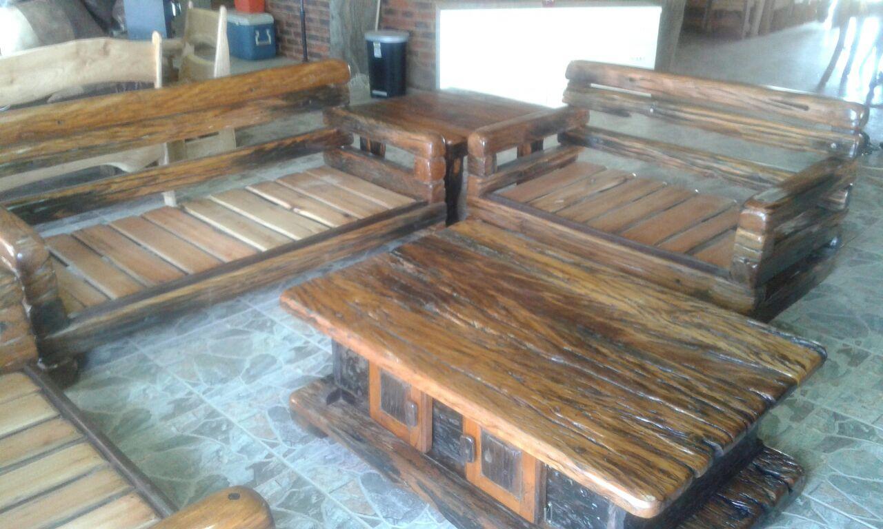 Sleeper coffee table