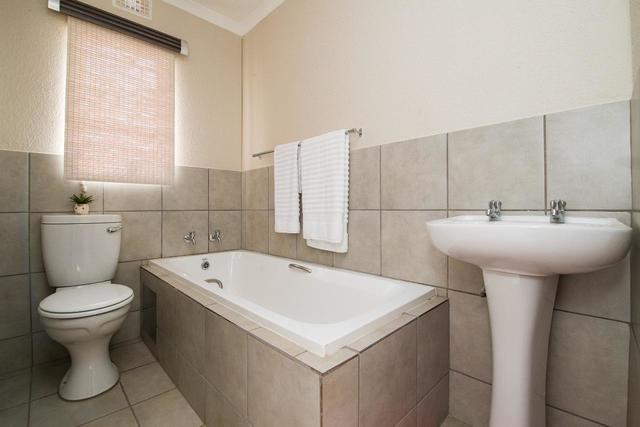 2 Bedroom House For Sale in Mamelodi East, Pretoria